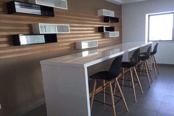 Zitouna immobilier bureau medical pour la vente for Meuble bureau nabeul